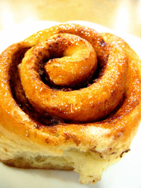 thaw and serve cinnamon roll